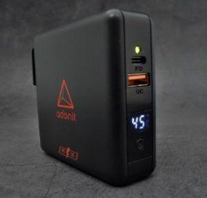 Сетевой адаптер со встроенным аккумулятором на 6700 mAh и с функцией беспроводной зарядки Adonit Wireless TravelCube Pro Black (134-17-07-A)