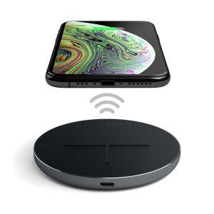Беспроводное зарядное устройство Satechi Aluminum Fast Wireless Charger 10W Space Grey (ST-IWCBM)